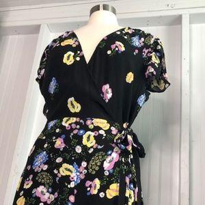 FREE PEOPLE Women's Black Floral Maxi Wrap Dress